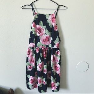 Black & Pink Rose Dress 🌹